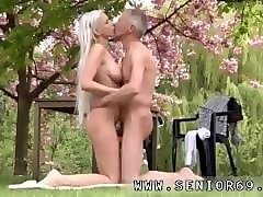 old young girl hand job paul is liking his breakfast in the garden with